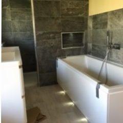 Modern bath installation